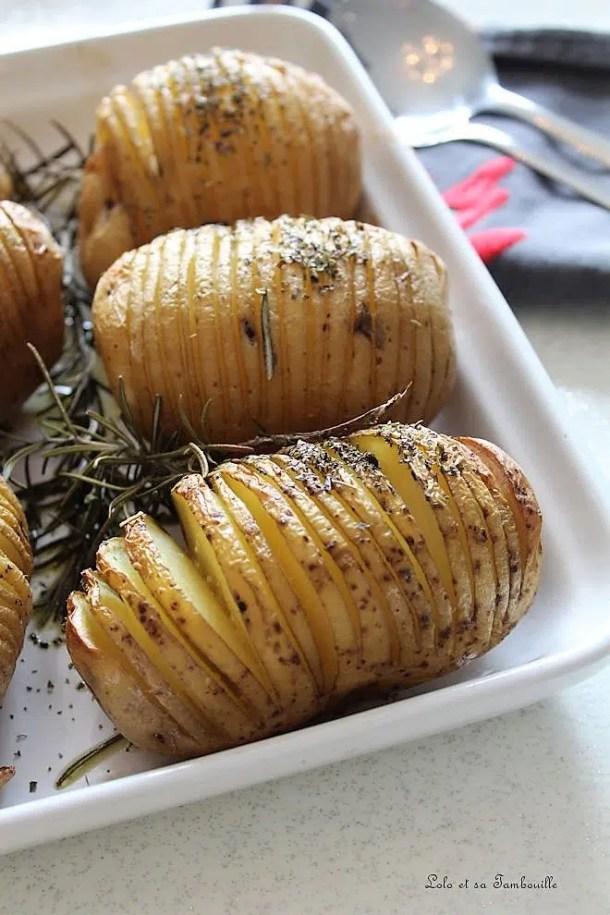 Pommes de terre à la Suédoise {Hasselback Potatoes}