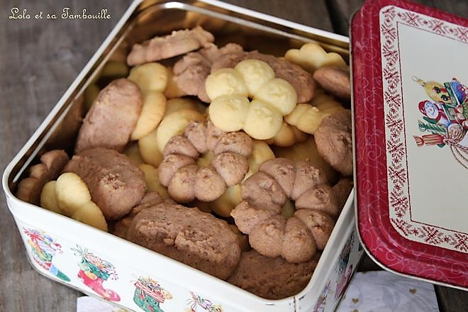Bredeles {petits gâteaux à la presse à biscuits}