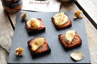 Toasts de pain d'épices & chèvre {confiture d'oignon} (2)