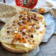 Bruschettas de camembert & fruits secs (6)