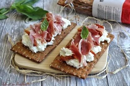 Tartines de chèvre frais & serrano (4)