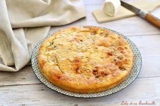 Gâteau salé au chèvre & tomates rôties (2)