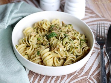 One pot pasta courgettes & thon (2)