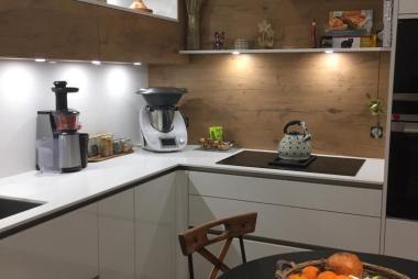 Cuisine réalisée à Isle-sur-Suippe (51110) par l'Entreprise GARNOTEL