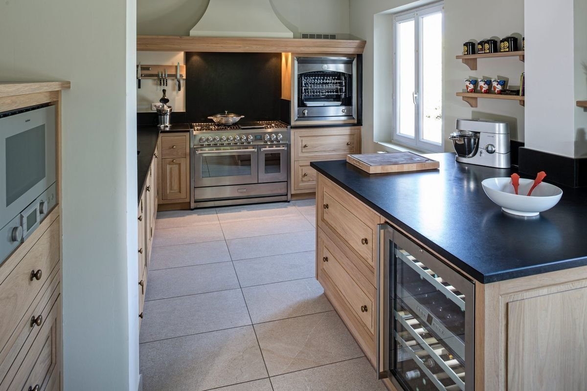 cuisine chene massif blanchi moderne