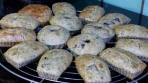 Mini cakes au thon et aux olives noires(3)