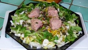 Salade composée céleri rave, betterave crue et thon (2)