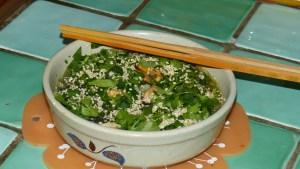 Soupe de vermicelles de soja aux herbes
