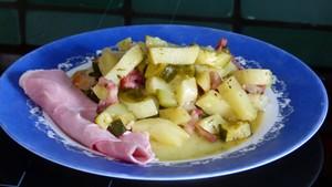 Cocotte de courgettes et pommes de terre aux lardons