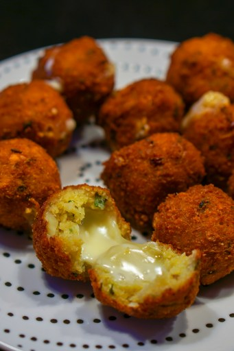 Chili Pops with Cheese