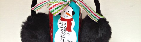DIY Snowman Kit in a Jar with Free Printable Tag - Great Neighbor Gift, Teacher Gift, Stocking Stuffer