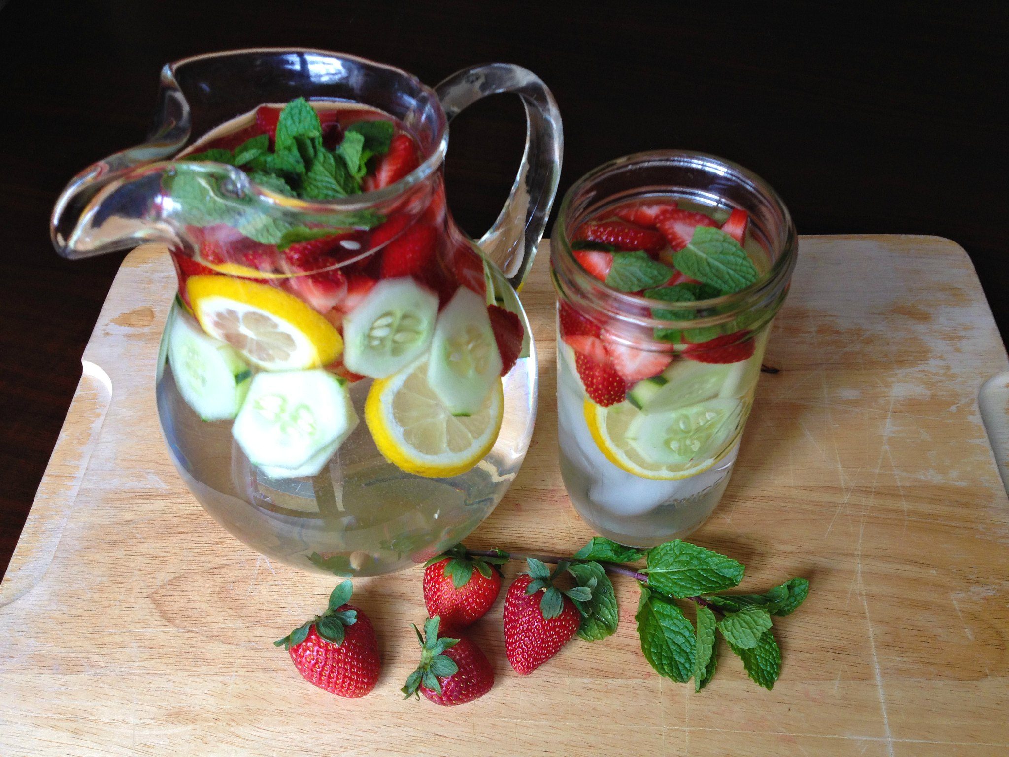 Strawberry and Cucumber Detox Drink 2