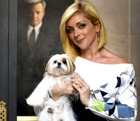 Jane Krakowski in the mix