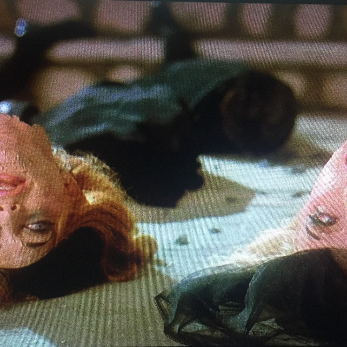 Beyond the Skin Deep: The Canniness of Death Becomes Her