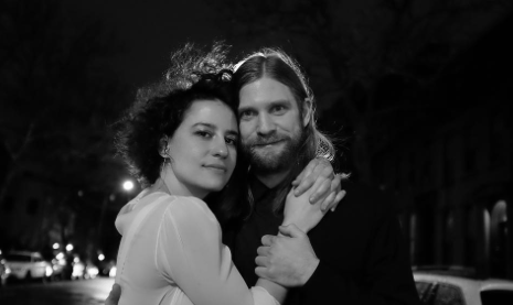 Ilana Glazer Proves to Be the Opposite of Her Broad City Character By Getting Married