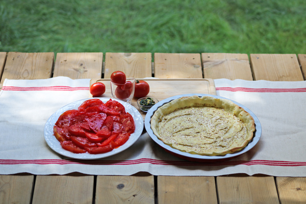 Préparation tarte à la tomate
