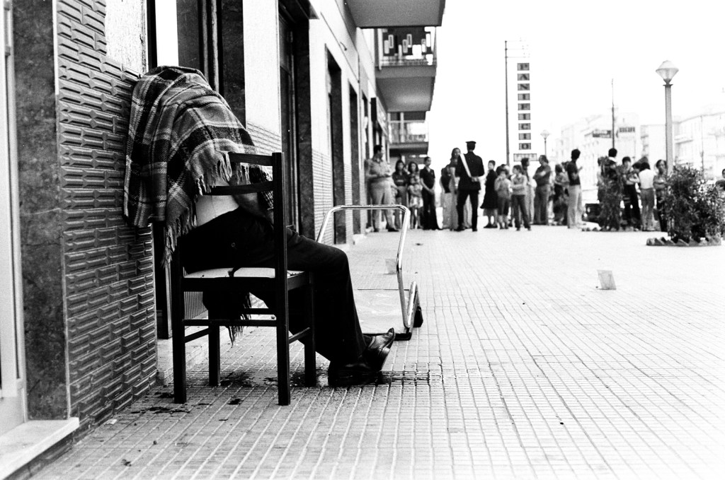 Letizia Battaglia, Omicidio sulla sedia, Palermo, 1975.