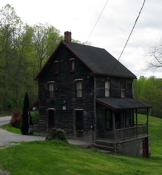 The Rehmeyer hex murder house in York County, Pennsylvania