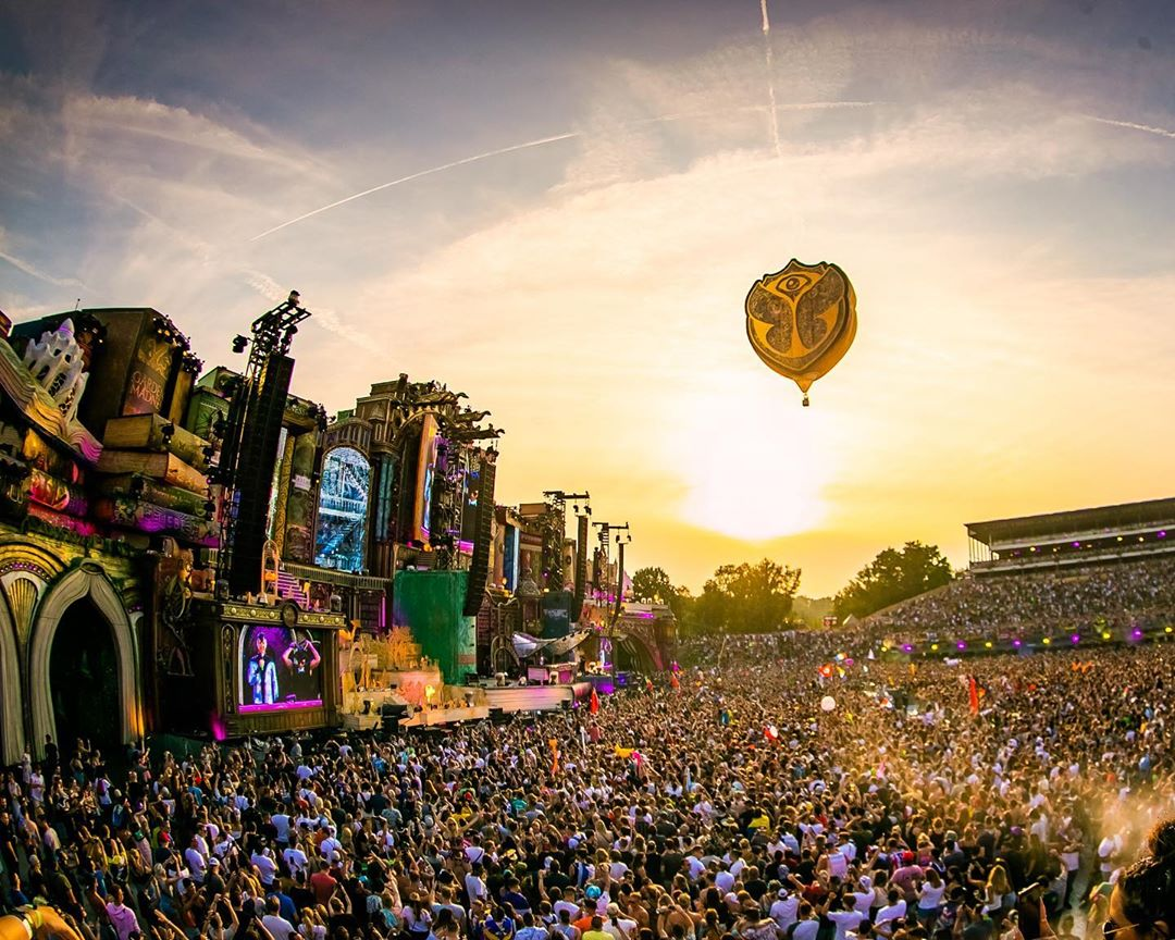 Tomorrowland Weekend One Recap: Shaq, Eric Prydz, Avicii