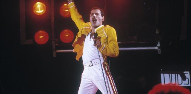 Roban la 'placa de Freddie Mercury' en el cementerio de Londres