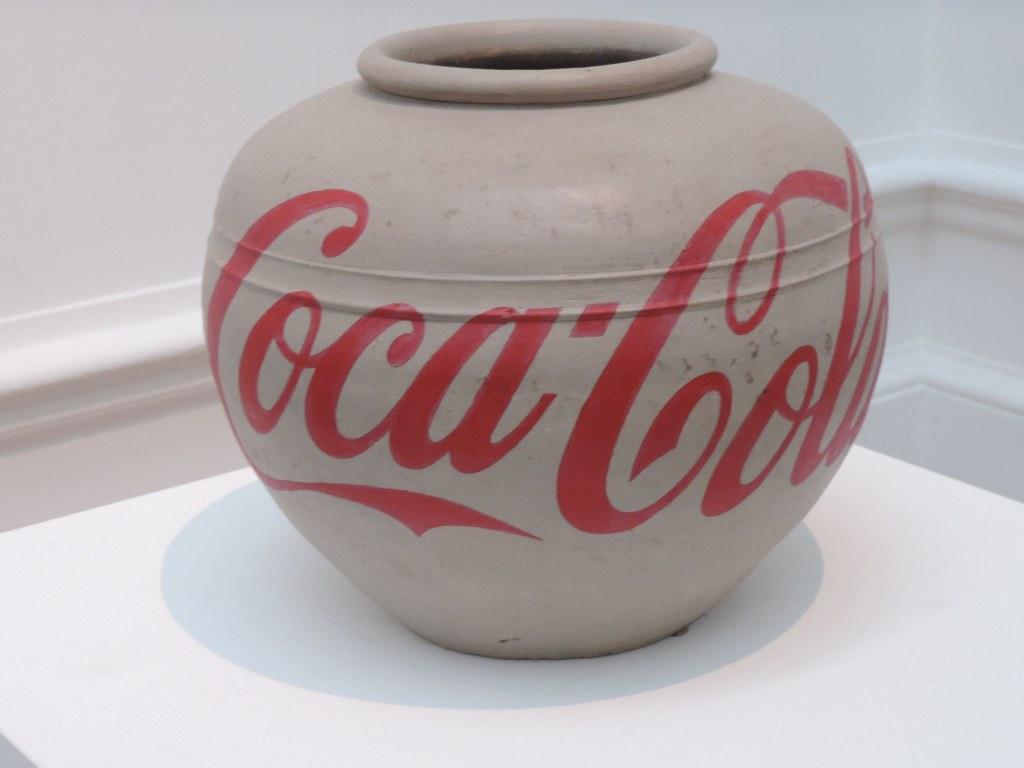 2015-11-Aiweiwei-CocaCola