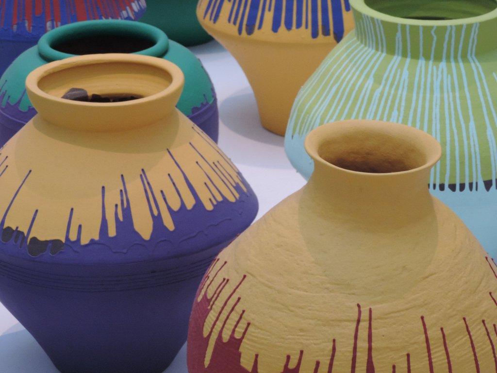 2015-11-Aiweiwei-vases