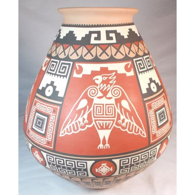 Mata Ortiz Pottery, Chihuahua Enrique Pedregon: Eagle Pot Birds