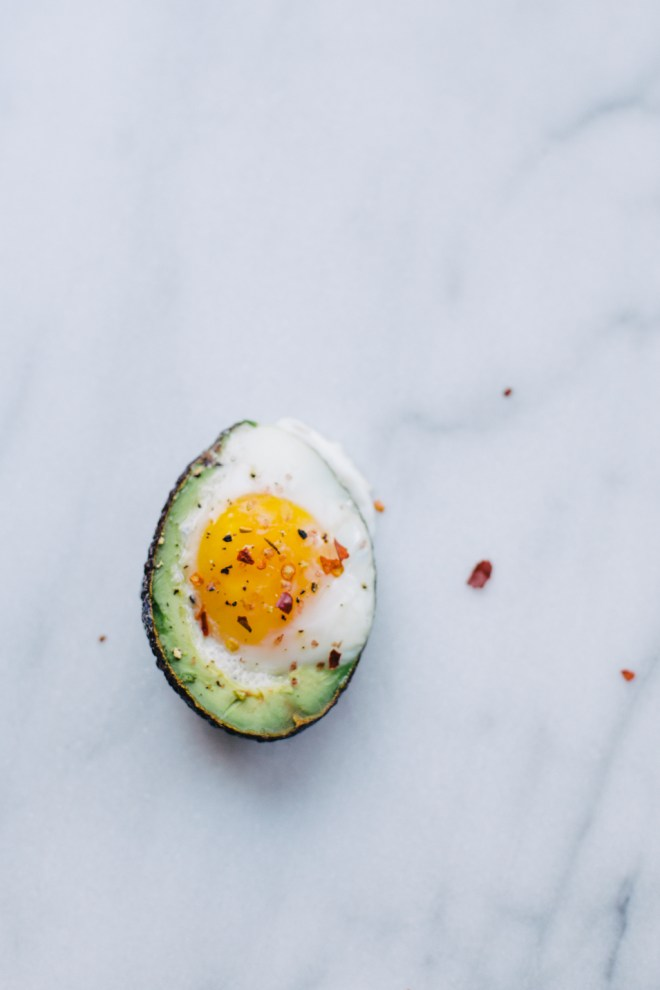 baked avocado eggs | cultural chromatics-8