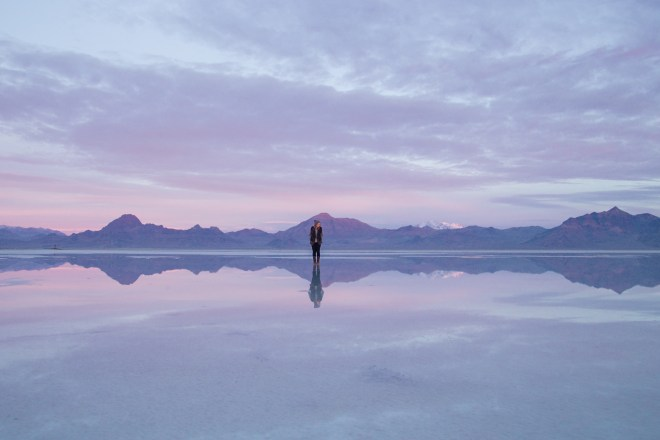 Bonneville Salt Flats mountains | ©NanetteWong