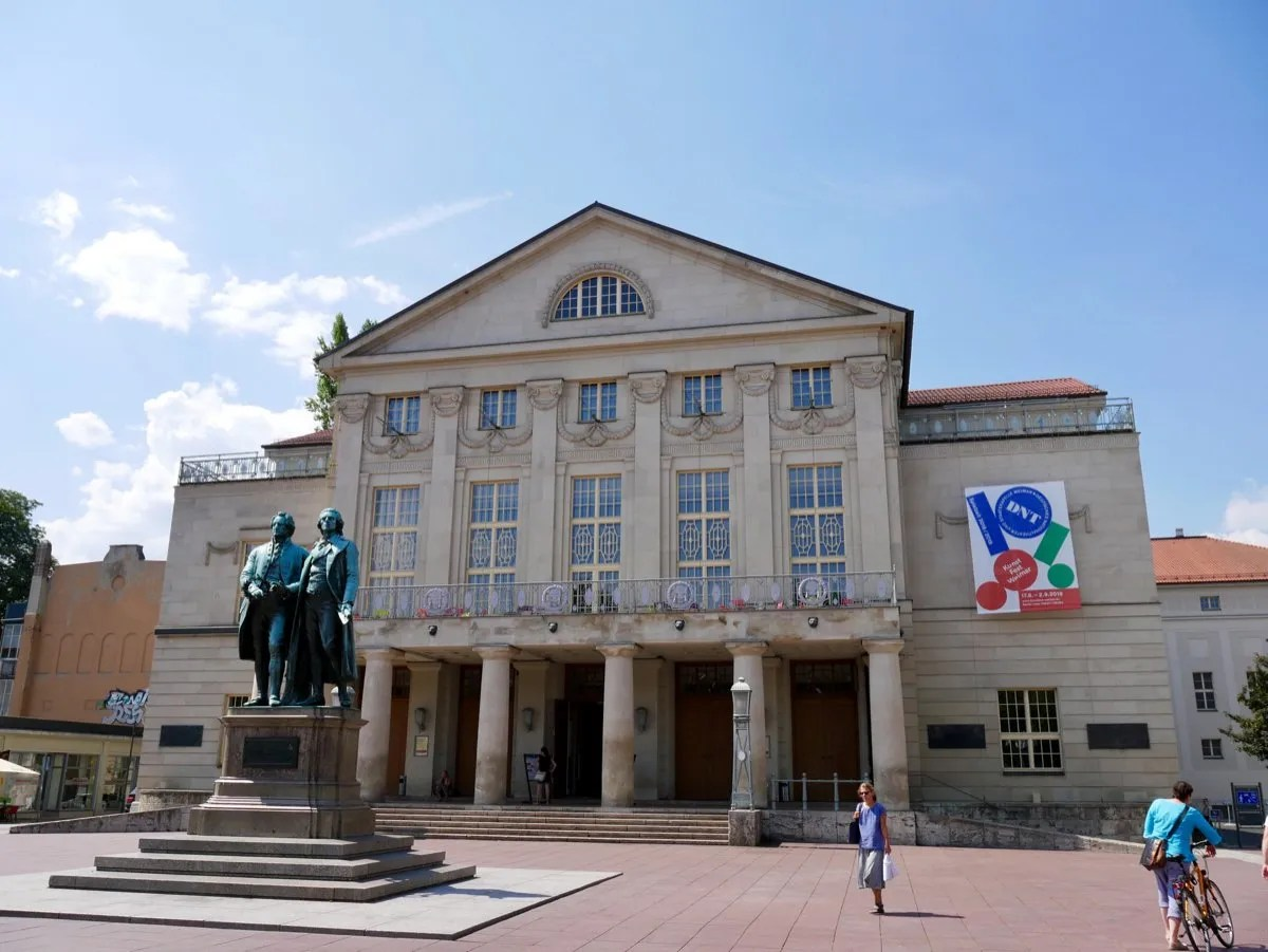 Deutches National Theatre Weimar with statue Goethe and Schiller