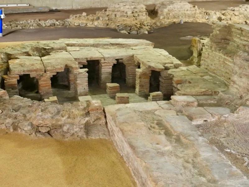Roman remains of Billingsgate Bath House London