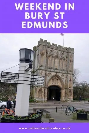 Weekend in Bury St Edmunds 1,000 year old Abbey, beer, Charles Dickens and a gruesome museum #weekendbreak #culturaltravel #suffolk