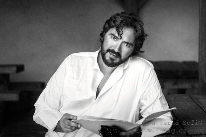 gianluca sciarpelletti tenore italiano