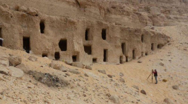 Egypte : découverte de 250 tombeaux vieux de 4200 ans