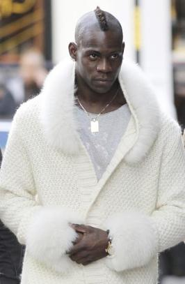 moyen-looks-balotelli