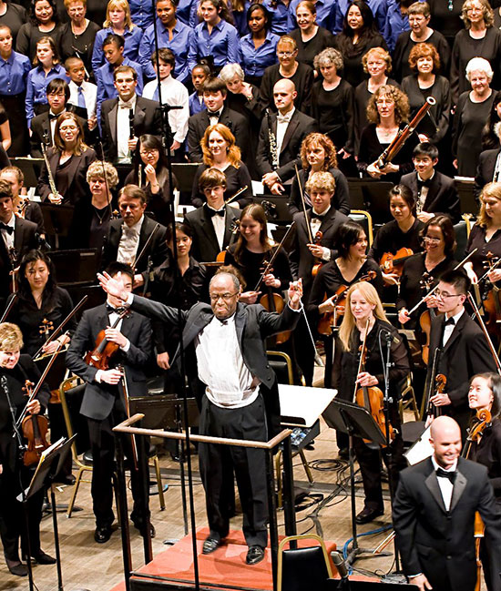 Conductor Michael Morgan with the Oakland East Bay Symphony