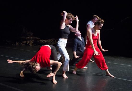 Ivy Baldwin's Oxbow. (L to R): Anna Carapetyan, Eleanor Smith, Ryan Tracy, Luke Miller (hidden), Katie Workum. Photo: Yi-Chun Wu