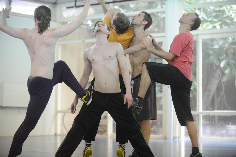 "Soren Linding Urup, Pierre Enaux, Robin Rohrmann, Oded Graf and Yossi Berg rehearsing ""Bodyland"" Photo by Gadi Dagon"