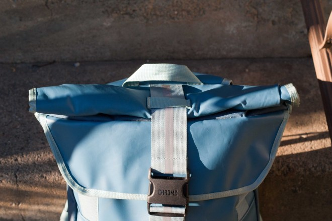 chrome district backpack review (9)