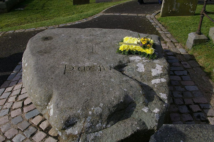 1024px-St_patricks_gravesite