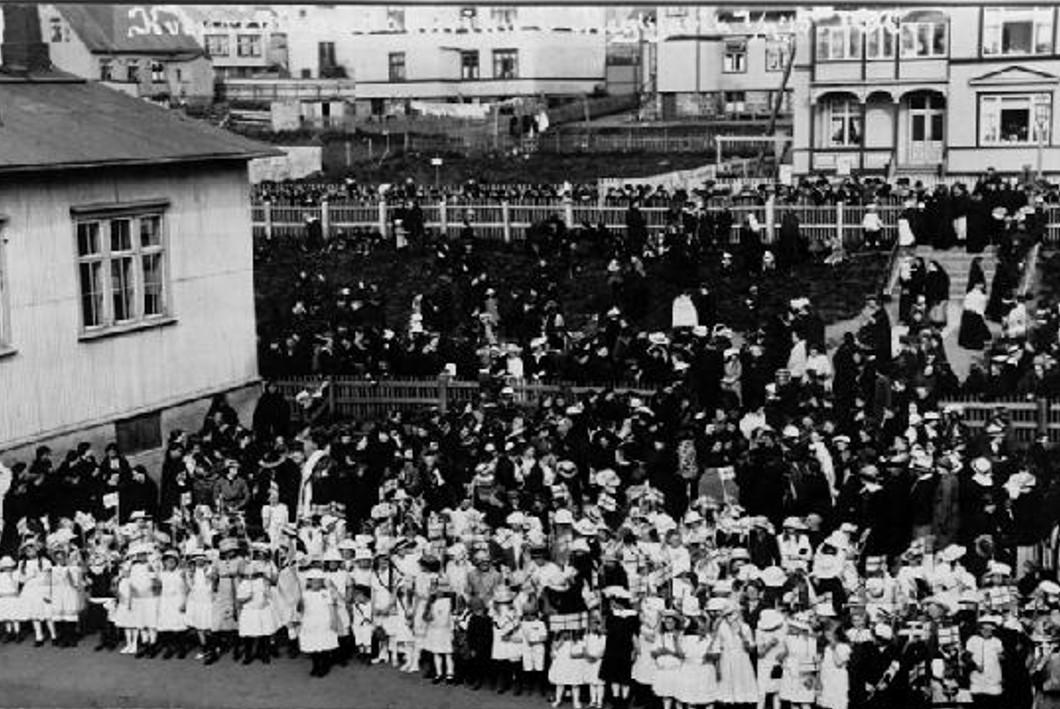 Iceland Suffrage 1