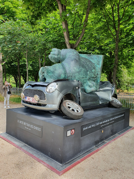 expo le chat voiture