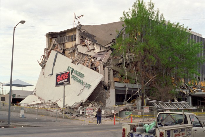 Kaiser Permanente Building - Northridge Earthquake