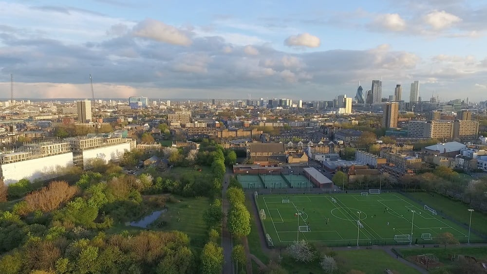 Can you fly a drone in London?