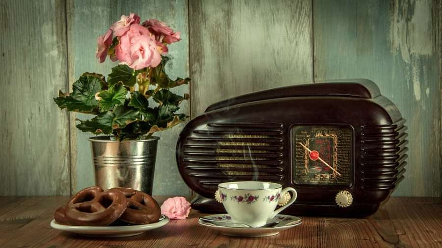 Vintage Radio (Public Domain)