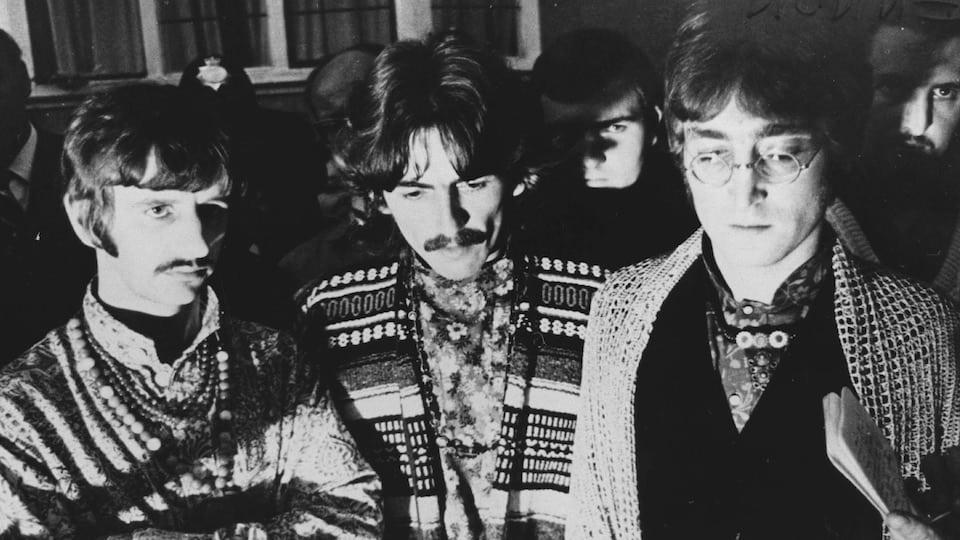 Beatles I Am the Walrus