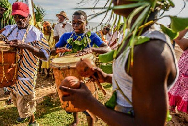 Garifuna settlement day: small country sunday