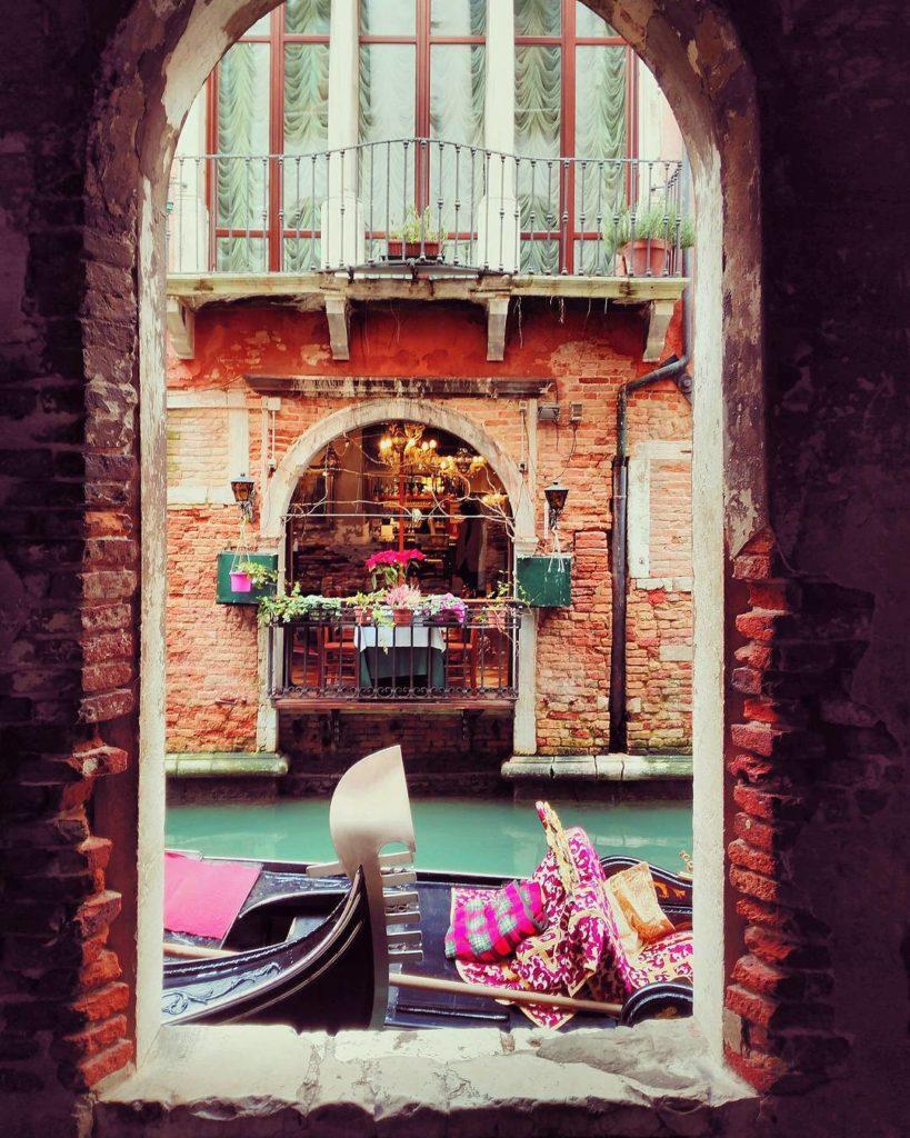 Gondola Arch