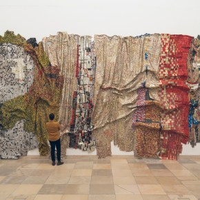 On View: 'El Anatsui: Triumphant Scale' at Haus der Kunst Museum, Munich
