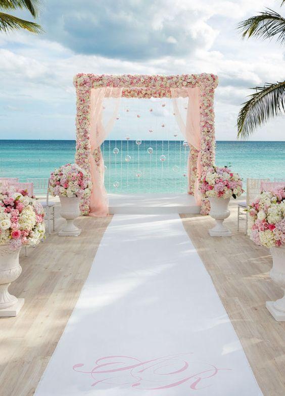 Destination wedding location Bahamas